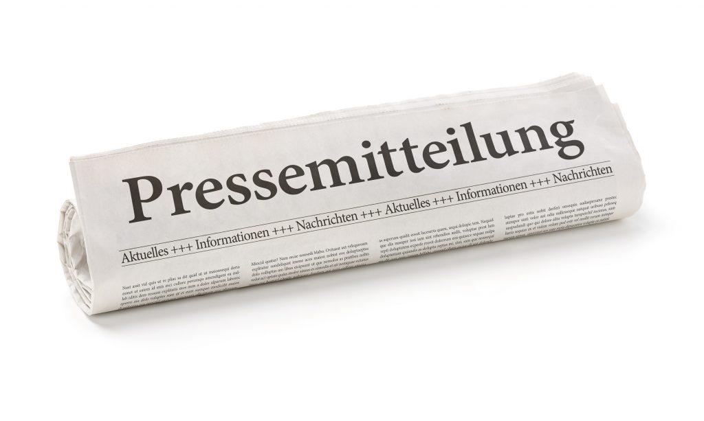 Die Presse miteinzubeziehn, es puplik zu machen ist von enormer Wichtigkeit