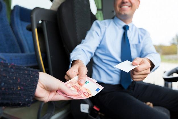 Neben einem finanziellen Rabatt ist es als Barzahler auch möglich, verschiedene Extras vergünstig zu bekommen. Für den Händler ist es immer von Vorteil, wenn der Käufer keinen Kredit bei ihm aufnimmt, sondern direkt bezahlt.