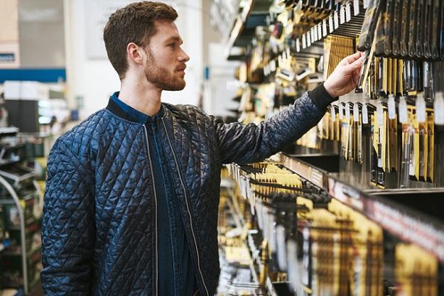 Die steigende Beliebtheit des Onlinehandels verdrängt nicht den stationären Einzelhandel, sondern sorgt vielmehr für ein Zusammenwachsen von stationärem Handel und dem E-Commerce. (#03)