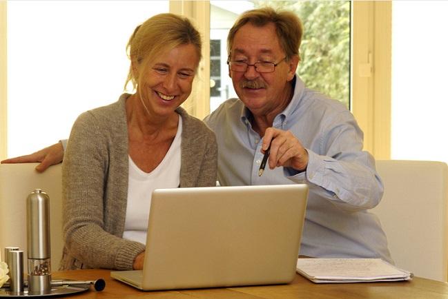 Wer Wert auf stressfreies und bequemes Einkaufen mit digitalen Neuerungen zum besten Preis legt, der wird sich beim Onlineshoppen besonders wohlfühlen.(#02)