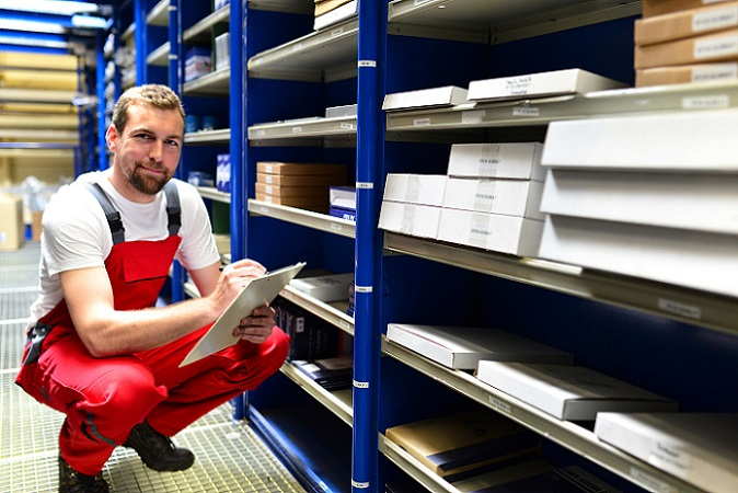 Kommt es an einzelnen Tagen oder aufgrund besonderer Ereignisse zu Überstunden, gehört das in der Regel zu den zumutbaren Arbeitsbedingungen bei der deutschen Post und anderen deutschen Unternehmen. (#01)