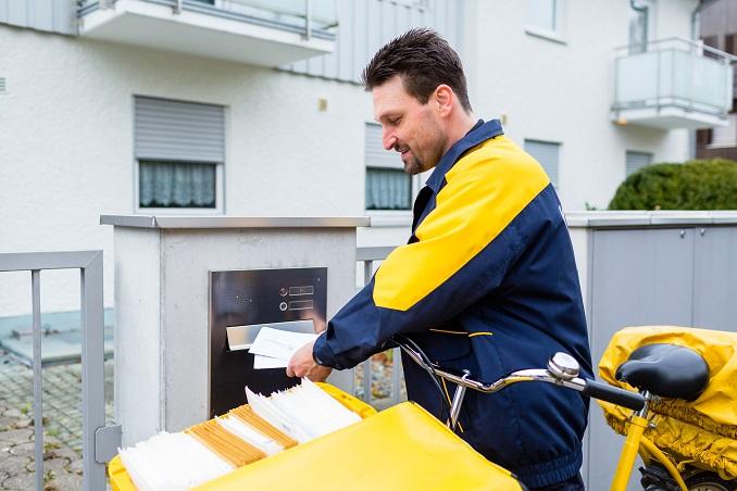 Das Thema 10 Stunden Arbeitszeit Post betrifft nicht nur die Mitarbeiter der deutschen Post, sondern kreiste auch schon mehrfach durch die Medien. (#02)