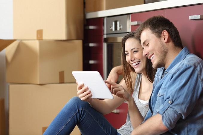 Für die Online-Händler hat die beliebte Zahlungsart des Rechnungskaufs weniger Vorteile. Dennoch möchten die meisten Verkäufer ihre Umsätze verbessern und deshalb auch diese Option anbieten können. (#02)