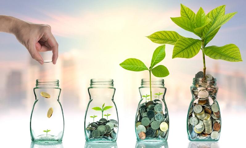 Normalerweise sind sich Anleger darüber bewusst, dass die Investition in Aktien, Fonds und Wertpapiere generell ein Risiko mit sich bringt. Wer ohne Risiko anlegen möchte, dem stehen beispielsweise das Tagesgeld oder das Festgeld zur Verfügung. (#01)