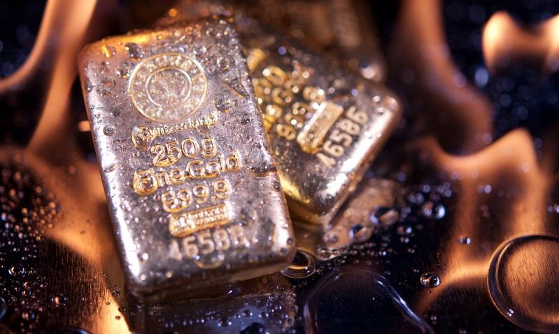 Auch dann, wenn Sie einen seriösen Händler gefunden haben, sollten Sie nicht das gesamte Geld in Gold investieren. Experten raten dazu, rund zehn Prozent des Vermögens in Gold angelegt zu haben. (#02)