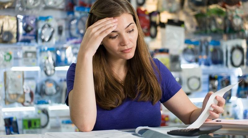 Die offenen Geschäfte am Sonntag können aber auch Mitarbeiter schädigen. (#01)