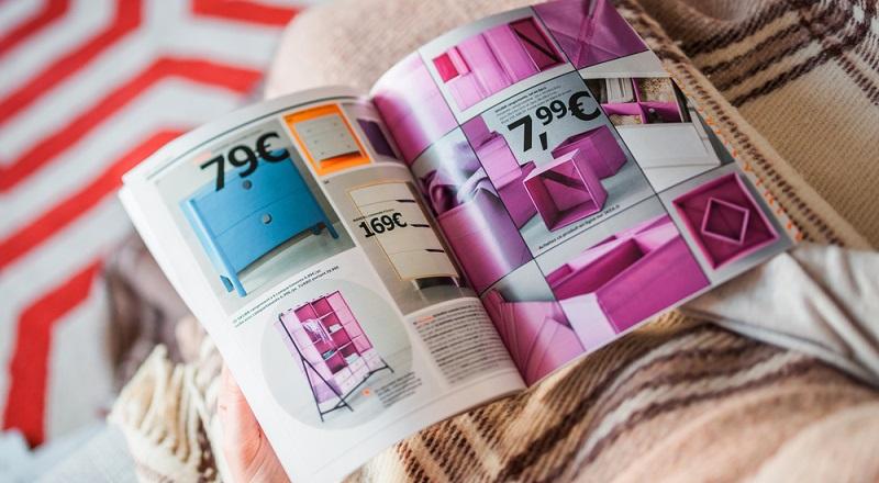 Erst der Katalog- und Versandhandel, heute boomt das Internetgeschäft. (#01)