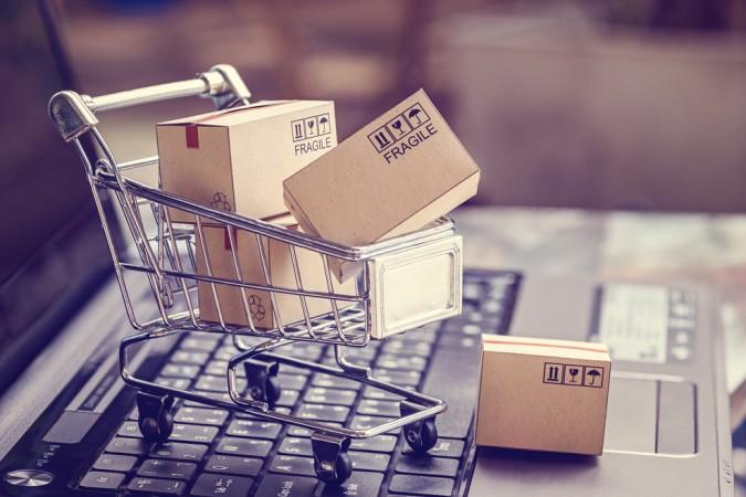 Online Bestellungen, die den Warenbestand auffüllen sparen eine Mege Zeit - kein Wunder, dass der Onlinehandel ein weiterer Baustein zur Digitalisierung der Büros darstellt. (#2)