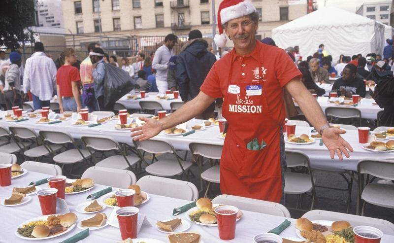Ideen zur Weihnachtsfeier: Für ein solches Event ist sicherlich ein großer Teil der Belegschaft zu haben. (#06)
