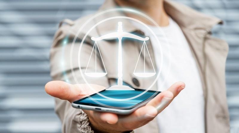 Die grundsätzliche Entscheidung darüber, ob ein Handy mit oder ohne Vertrag gekauft werden sollte, muss letztlich jeder für sich selbst beantworten. (#03)