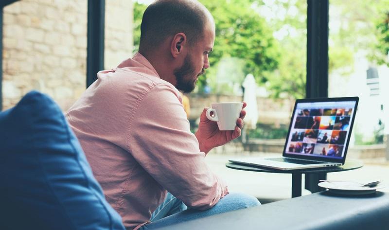 Eine professionelle Webseite, die auf die Kundenwünsche ausgerichtet und suchmaschinenoptimiert ist, sollte ebenfalls selbstverständlicher Bestandteil des Marketing-Mix einer Firma sein. (#05)
