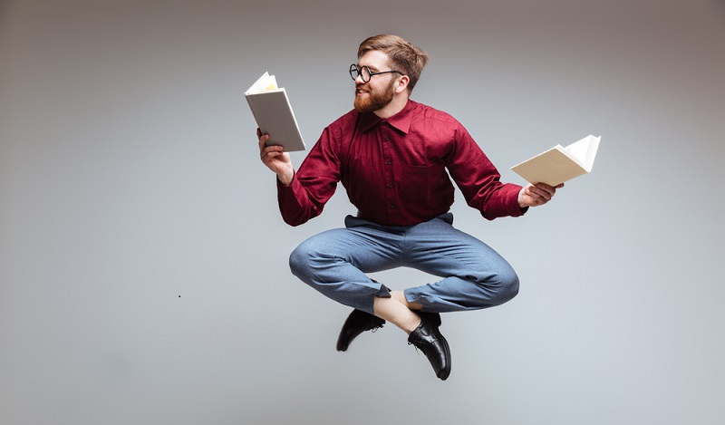Ein wichtiger Bestandteil der Ausbildung zum Buchhändler ist ohne Frage das Lesen von aktuellen und vergangenen literarischen Werken. (#01)