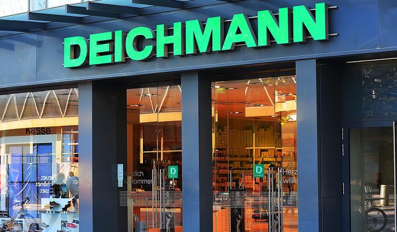 Um die digitale Entwicklung mit ihrem hohen Umsatzpotenzial voll auszukosten, konzentriert Deichmann sich zunehmend darauf, das Online-Geschäft auszubauen. (#01)