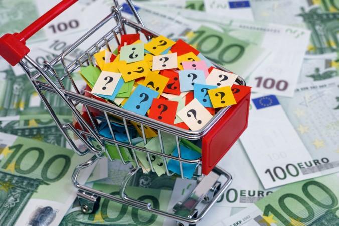 Um die Kaufkraft genauer zu ermitteln, reicht der Zentralitätsindex nicht aus. Es gilt den Wert der einzelhandelsrelevanten Kaufkraft zu bestimmen, der dann eine genaue Aussage darüber zulässt, was tatsächlich an Geld in Stuttgart ausgegeben wird. Hier stellt sich dann an einigen Stellen heraus, dass der Einzelhandel Stuttgart seine Kaufkraft nicht voll ausschöpfen kann. (#3)