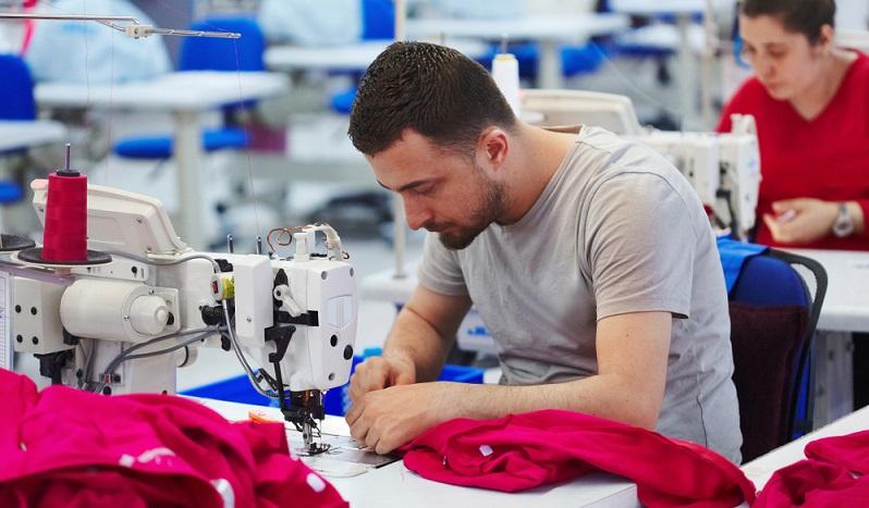 Was auch immer der Grund für das Wachstum der deutschen und europäischen Textilindustrie ist, es gibt jede Menge Jobmöglichkeiten für Schulabgänger und Quereinsteiger zu entdecken. (#04)