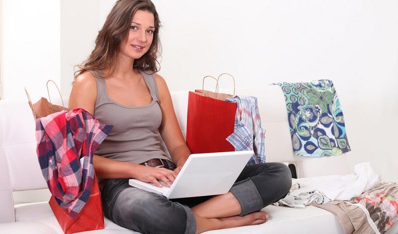 Vor allem drei Arten von Artikeln werden online gekauft: Kleidung Elektronikartikel Bücher bzw. E-Books (#01)