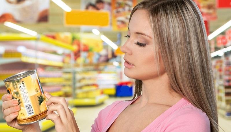 Einige ganze wichtige Kennzeichnungen für verpackte Ware befassen sich mit den Zutaten. (#01)