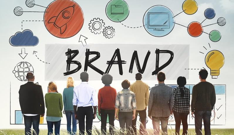 Mit diesen Tipps zum Branding ausgerüstet, startet ein junges Unternehmen von Anfang an besser aufgestellt bzw. kann ein gestandenes Unternehmen ein neu auf den Markt gebrachtes Produkt besser vermarkten. (#01)