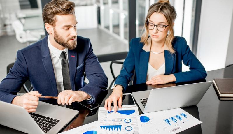 Wenn die Geschäftsidee steht, besteht der nächste Schritt darin, einen Businessplan auszuarbeiten. (#02)