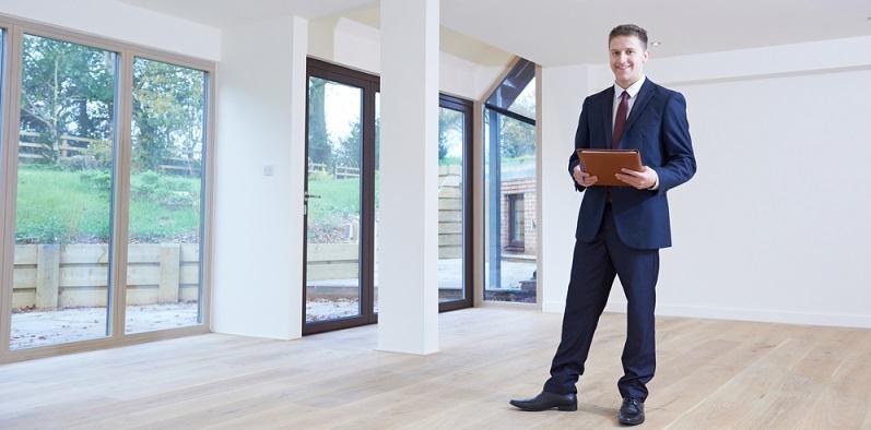 Ein weiterer wichtiger Teil der Vorbereitung der Existenzgründung besteht darin, sich eine passende Gewerbeimmobilie für die Tätigkeit zu suchen. (#05)
