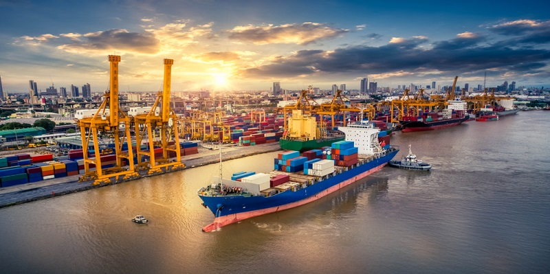 Auswirkungen auf Ein- und Ausfuhrzölle: Durch Maßnahmen des Protektionismus steigen beide Zahlungsformen direkt als Vorleistungen und auch indirekt, da den im Import tätigen Konkurrenzunternehmen ein wichtiger Anreiz zur Dämmung der Kosten genommen wird.