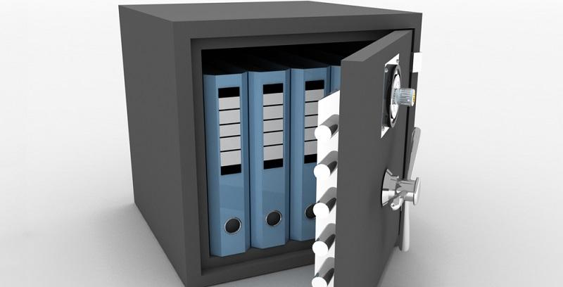 Wichtig für alle, die privat in einen Sicherheitstresor investieren wollen: Tresore für den Handel bieten Sicherheit und sind in der Regel so robust, dass sie auch einem Einbruchsversuch oder einem Feuer standhalten.