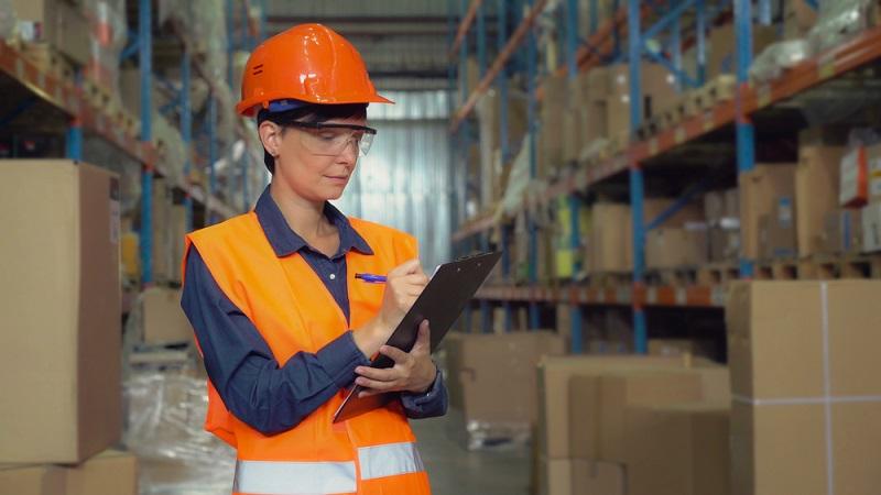 Um sich der Bedeutung der Einkaufsabteilung für das Unternehmen bewusst zu werden, sollte ihre Stellung im Rahmen des Einkaufsprozesses überdacht werden.