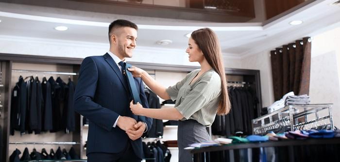 Kauffrau/-mann im Einzelhandel: Gehalt & Aufgaben