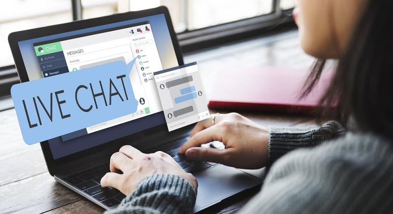 Ein tolles Service-Tool ist eine Chatfunktion, so kann man Kunden zügig helfen.