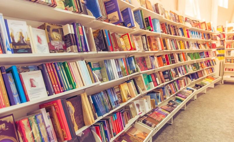 """Während für solche Autoren der Riese Amazon ein fairer und erfolgversprechender Partner ist, möchten die Buchhändler von """"Support local Writers"""" nichts wissen. (#03)"""