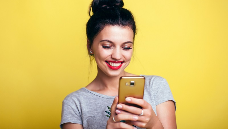 Vergleichsweise spät, nämlich 2007 trat die Firma Apple mit ihrem ersten iPhone an und ein neues Kulthandy war geboren. Seit dieser Zeit ist das Smartphone nicht nur in der jüngeren Generation zum Statussymbol geworden.
