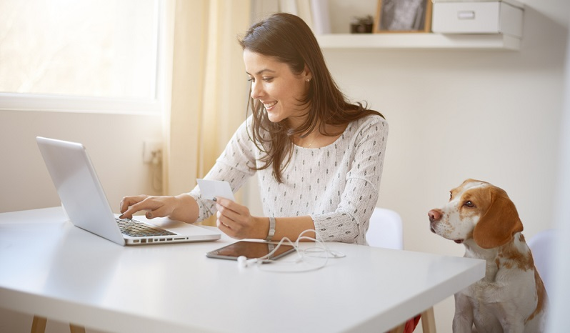 Transparenz gilt auch für Gebühren, die bei den verschiedenen Zahlungsmöglichkeiten anfallen. Was kostet es, die Rechnung per Paypal zu bezahlen? Was kostet die Nachnahme und ist das Lastschriftverfahren gänzlich kostenfrei?