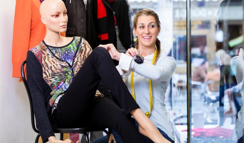 Einzelhandel ist Kreativität gefragt. Vor allem Dekorateure können ihren Ideen oft freien Lauf lassen. (Fotolizenz-shutterstock:_ Kzenon )