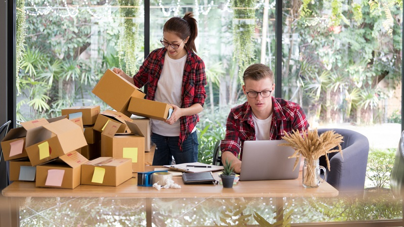 Ein klassischer Online Shop lässt sich rasch eröffnen, doch es ist eine andere Sache, diesen auch professionell zu führen. (Foto: Shutterstock-_88studio)