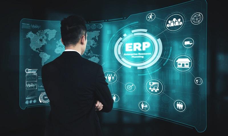 Wird das ERP-System jedoch richtig angewendet, ist es nicht mehr nötig, das Lager optimieren zu wollen, denn diese Optimierung findet dauerhaft statt.  ( Foto: Shutterstock-_Blue Planet Studio)