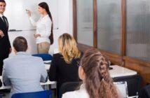 Qualifizierungschancengesetz: So geht Karriere im Einzelhandel! ( Foto: Shutterstock- Iakov Filimonov _)