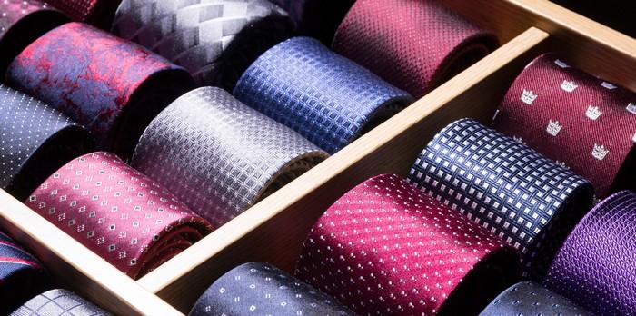 Die Techniken beim Querverkauf unterscheiden sich, je nachdem, ob der Querverkauf im Verkaufsgespräch eingeleitet wird oder ob dieser eventgebunden geplant wird. (Foto: shutterstock - Sergei Kardashev)